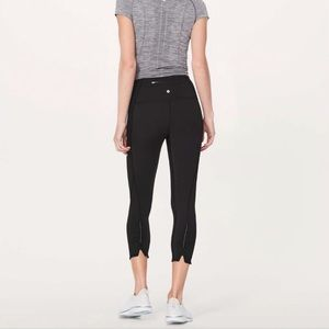 Lululemon on your mark crop size 4 black